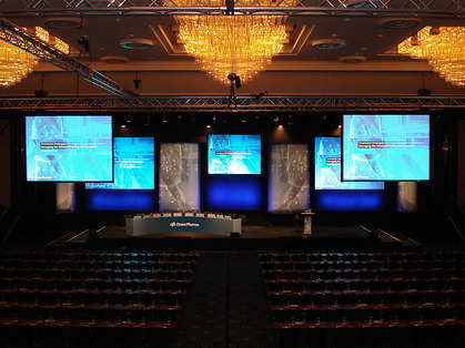 audio_video_rentals_psav_presentation_services_704561763